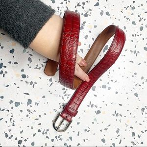 Cole Haan red leather silver buckle belt sz Small